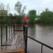 В Уфе проводят демонтаж пешеходного моста через озеро Долгое