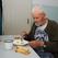Пенсионеры в квартире