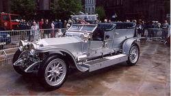 Столетний Rolls-Royce продан на аукционе в Англии