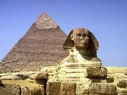 Египетские пирамиды могут снести