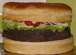 В США приготовили гигантский чизбургер