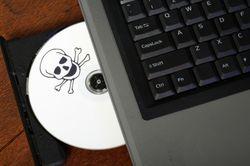 Работодатели поддерживают установку пиратского ПО