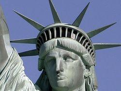 В Нью-Йорке после годичной реставрации открылась Статуя Свободы