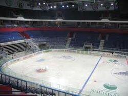 Во Дворце спорта Уфы залит лед