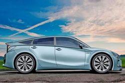 Новый Toyota Prius обретает полный привод
