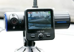 Выбираем автомобильный видеорегистратор