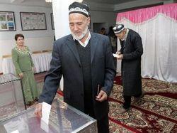 На президентских выборах в Таджикистане убедительную победу одержал Эмомали Рахмон