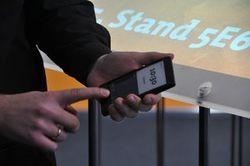 Релиз смартфона YotaPhone с двумя дисплеями запланирован на декабрь