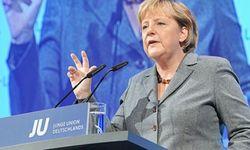 """Блок Ангелы Меркель и социал-демократы образовали """"большую коалицию"""""""