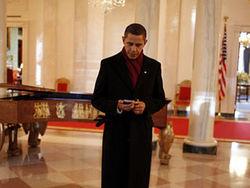 Бараку Обаме нельзя пользоваться iPhone