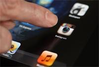 В Instagram появилась возможность обмениваться фото и видео в личных сообщениях