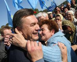 "Янукович подписал закон об амнистии участников ""Евромайдана"""