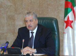 Премьер-министр Алжира подал в отставку