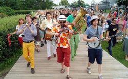 В Москве 1-2 мая состоится фестиваль шагающих оркестров