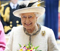 Елизавету II могут оштрафовать на $140 тыс