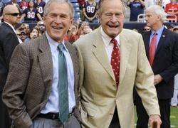 Джордж Буш - младший написал книгу о своем отце - Джордже Буше - старшем