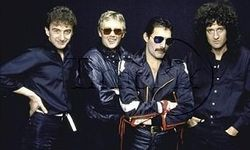 Queen в конце 2014 года выпустит новый альбом под названием Queen Forever