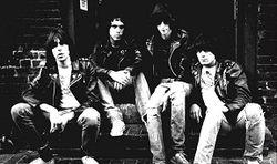 Про культовую группу Ramones снимут фильм