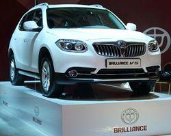 В 2015 году Brilliance представит в России модель H230