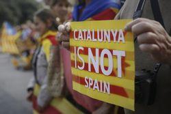 Суд Испании приостановил указ о проведении референдума в Каталонии