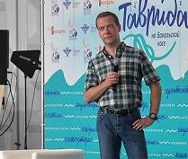 Медведев посоветовал отечественным режиссерам не заниматься ремейками известных фильмов