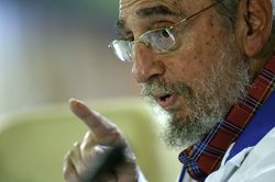 Фидель Кастро становится популярным блогером
