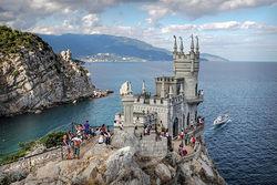С начала года Крым принял почти 4 млн туристов