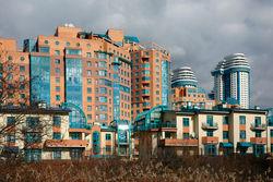 Жители Архангельска и Красноярска наиболее активно интересуются жильем в Москве