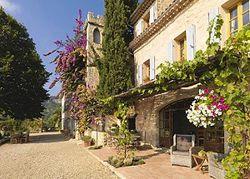 На Французской Ривьере продается замок мечты за ?6 млн