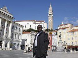 Словенский город возглавил темнокожий